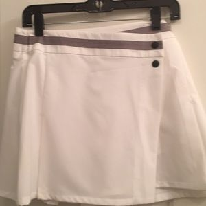 White Oakley golf skirt